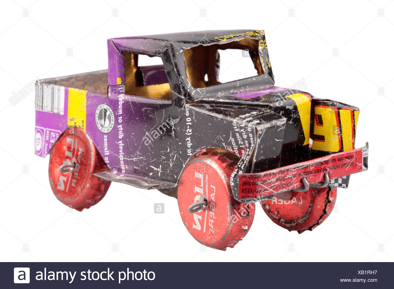 nobody, no one, no-one, drinks cans, metal, recycling, upcycling, resourceful, resourcefulness, toy car, toy, toy truck, childhood, vehicle, transportation, transport - Stock Image