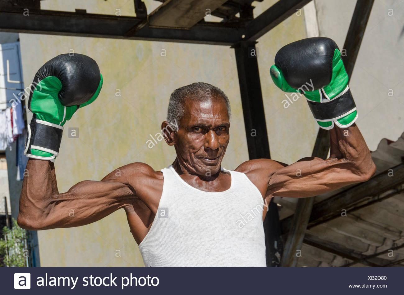 Mid sixties male boxer at Rafael Trejo Boxing Gym, Habana Vieja, Havana, Cuba - Stock Image