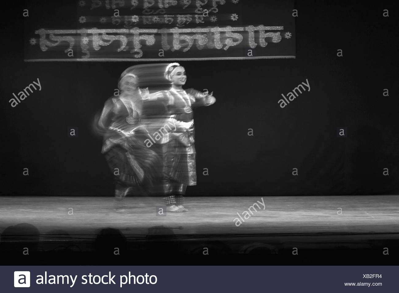 Indian Classical Dance Bharatanatyam Black And White Stock Photos Images Alamy
