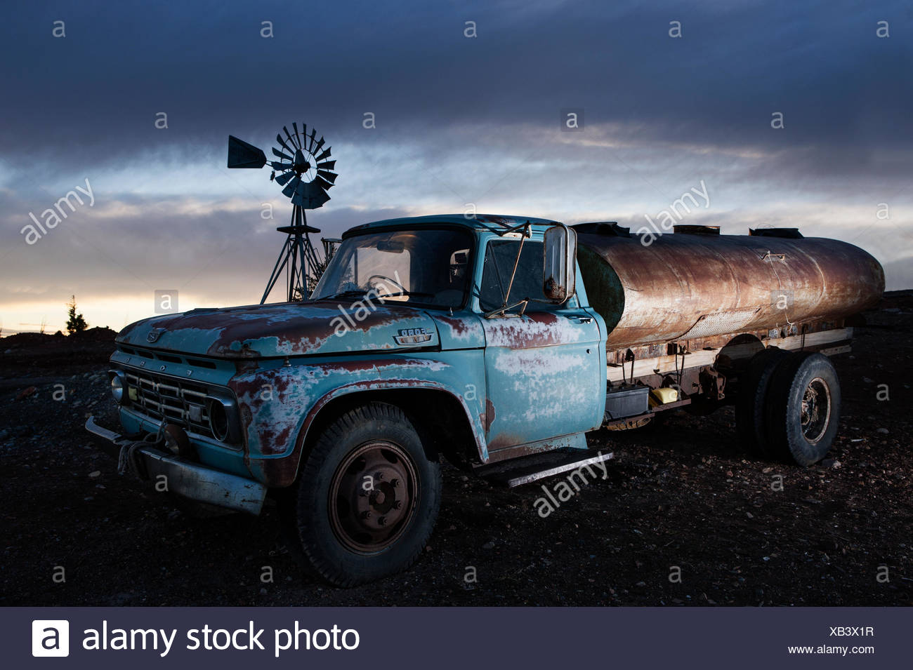 Rusty Old Vehicles Stock Photos & Rusty Old Vehicles Stock Images ...
