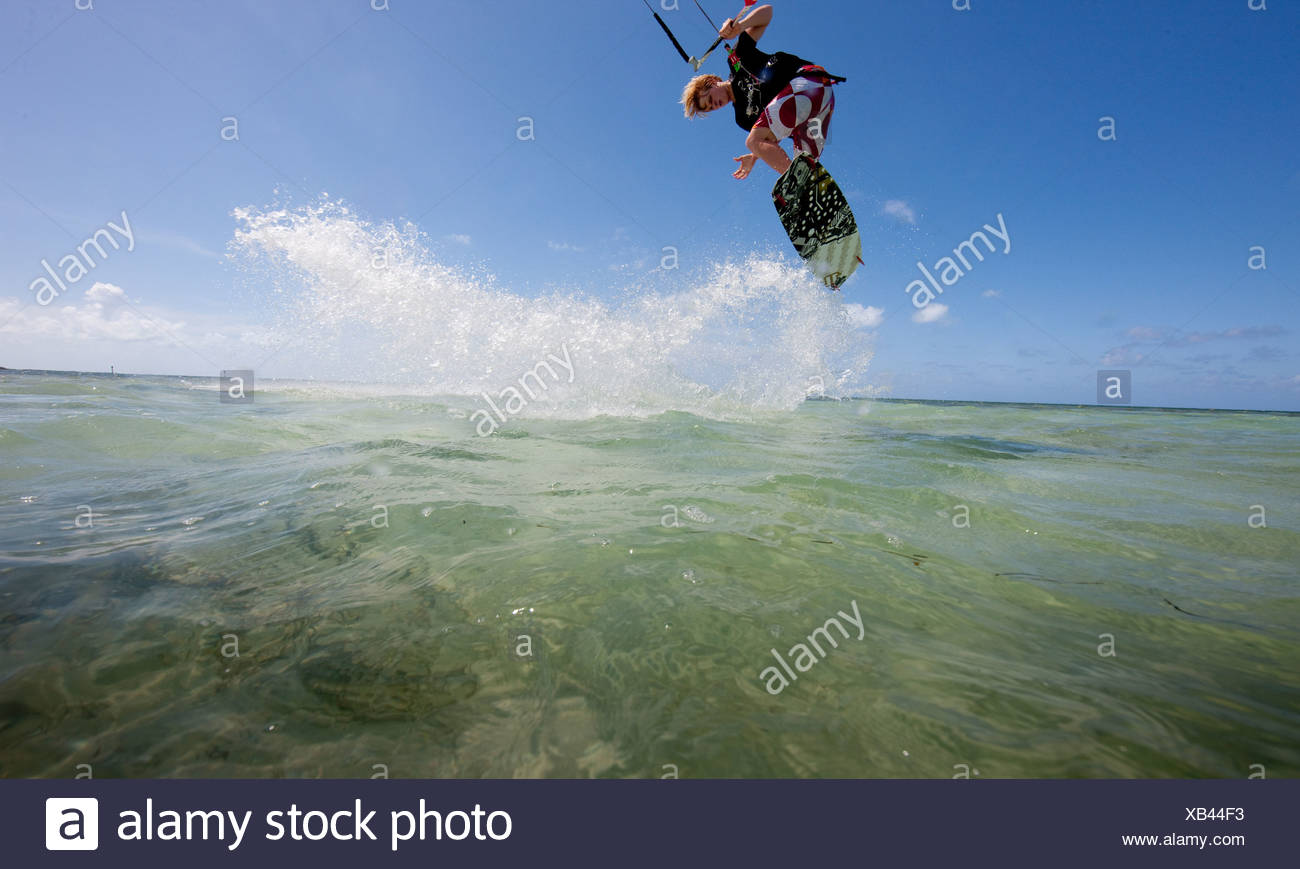 Kiteboarding in shallow water - Stock Image