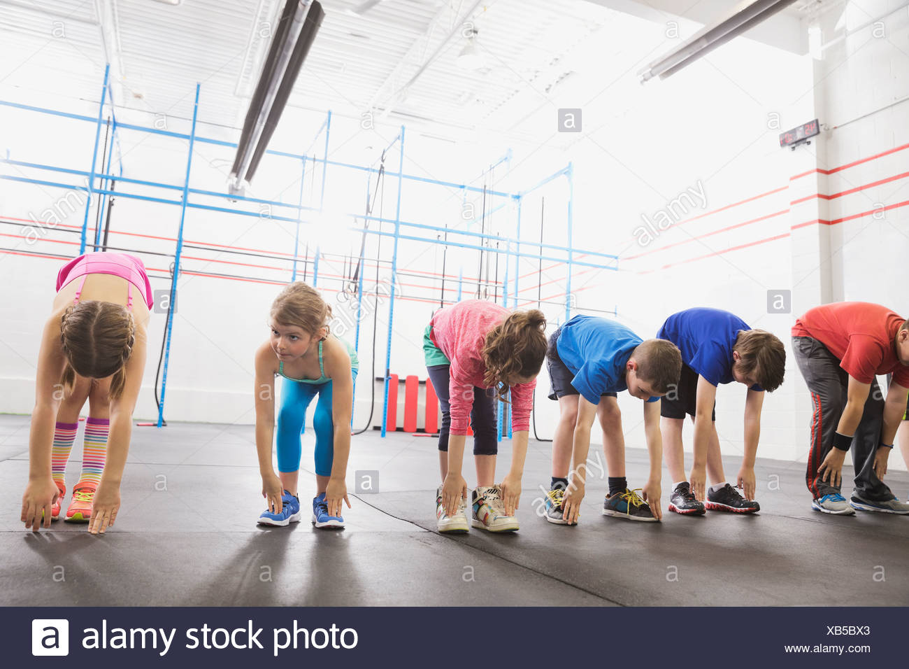 Children warming up in Crossfit class - Stock Image