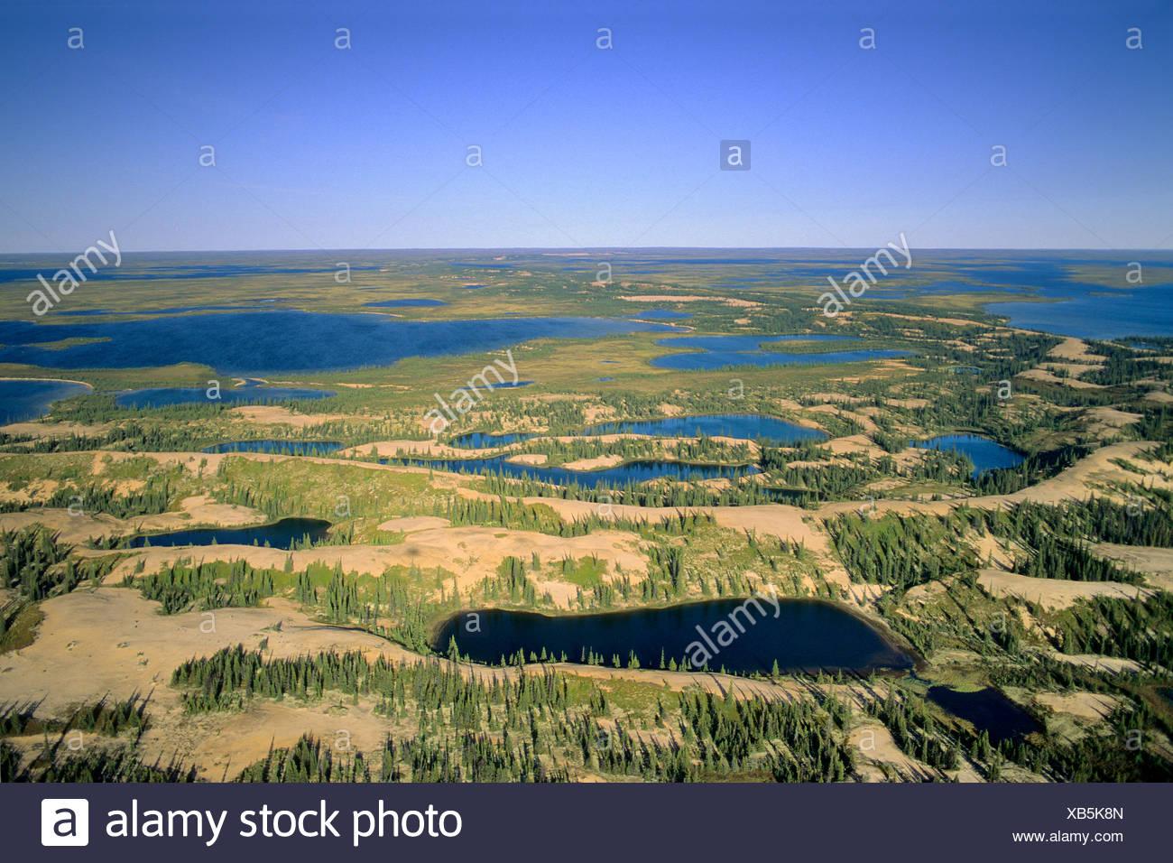 Howard Esker, Central Barrenlands, Nunavut, Arctic Canada