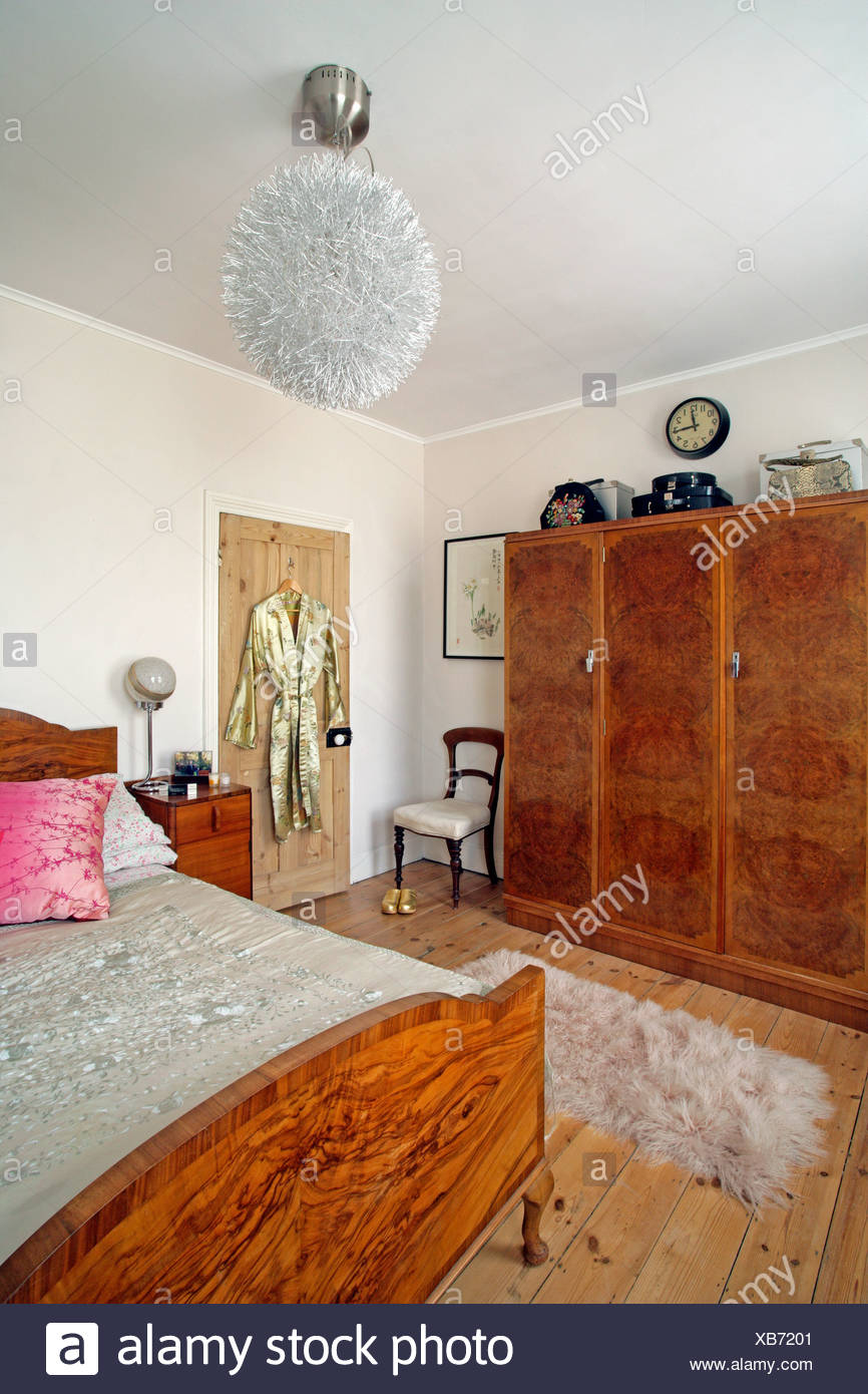 Art Deco house Eclectic two bedroom house in North London belongs to Matt and Sarah, who renovated the house and extended the - Stock Image