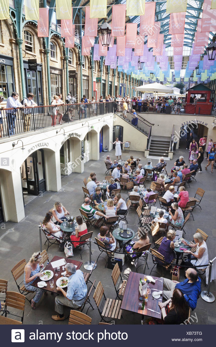 England, London, Covent guards Market, restaurant, guests, - Stock Image