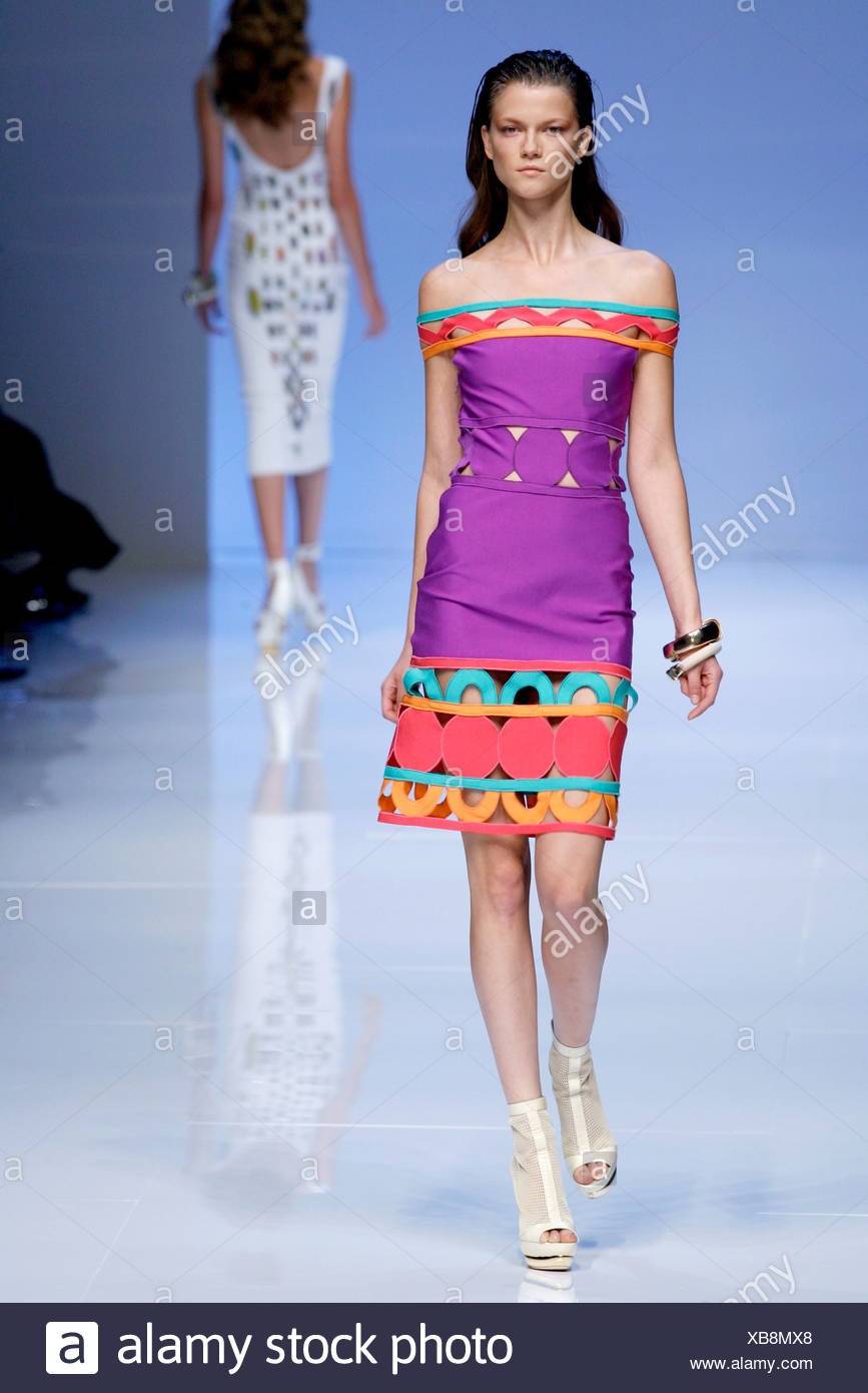 1cdb04554a81 Pucci Milan Ready to Wear Spring Summer Off the shoulder purple dress cut  away detail