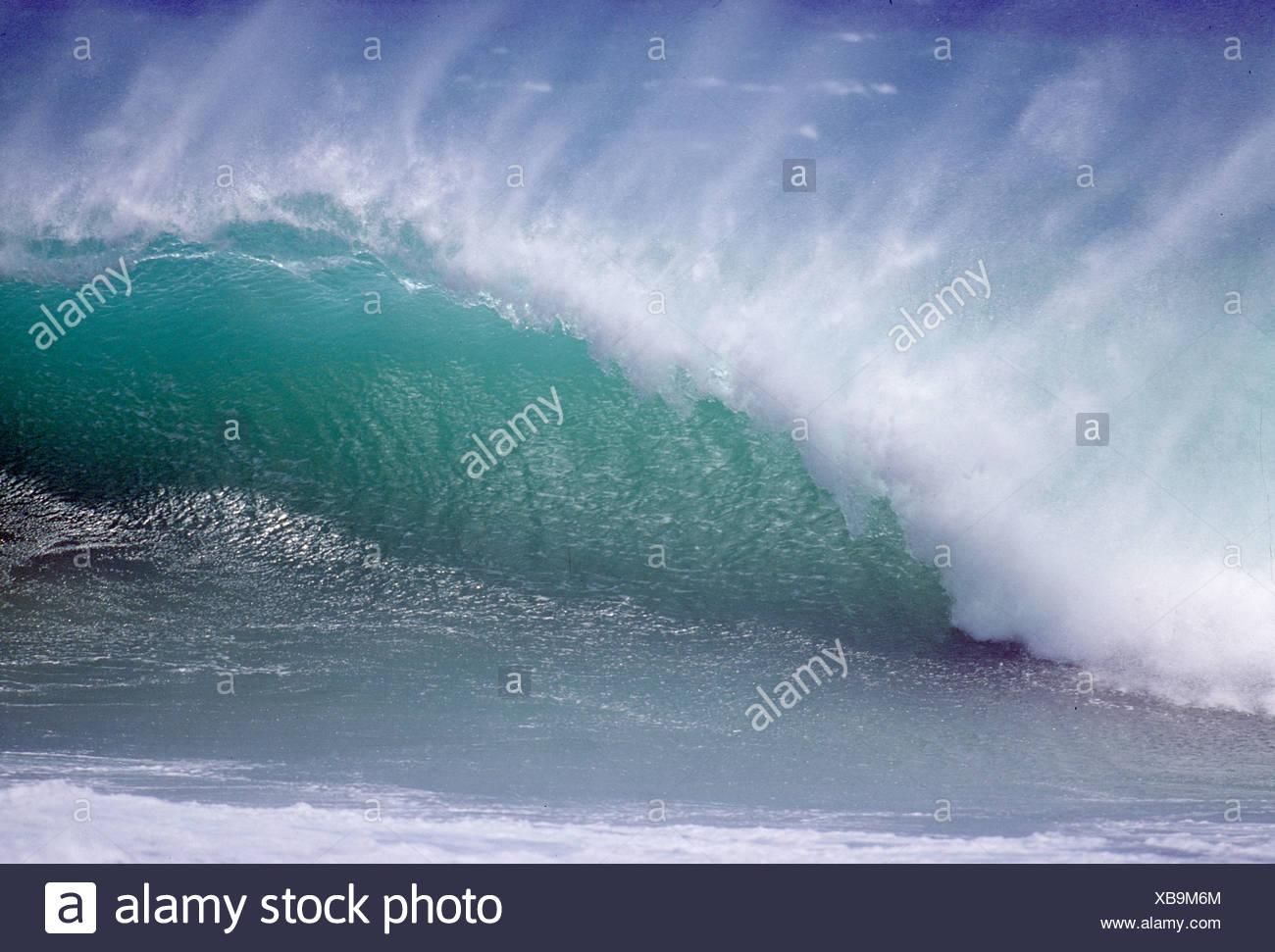 Turbulent water off northern coast of the Hawaiian Islands - Stock Image