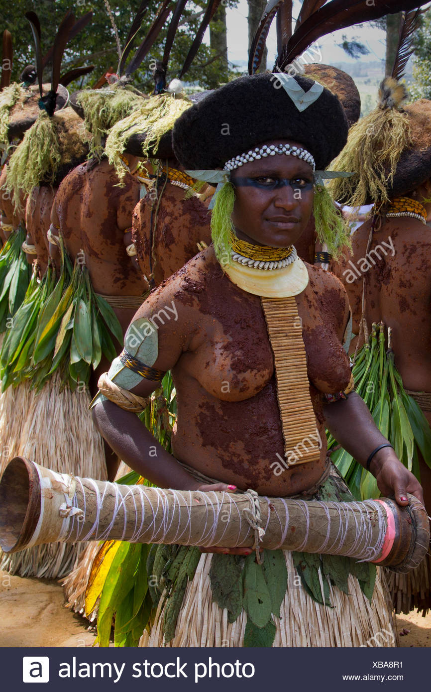 Member of the Silimuli Women's Group at Mt. Hagen Sing Sing - Stock Image