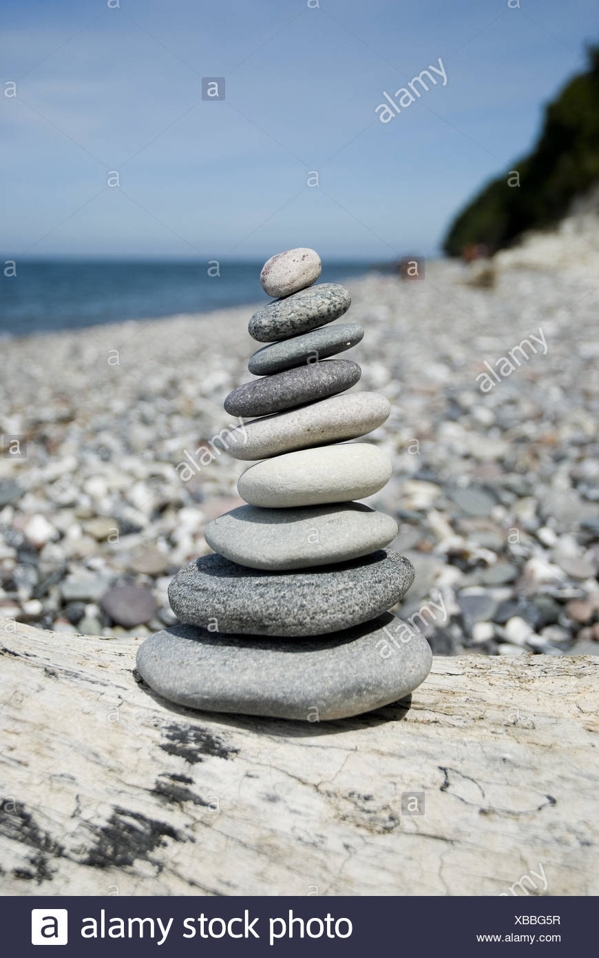 Stone tower on the beach, beach, stone tower, stones, tower, piled up, beach, stacked, the Baltic Sea, Rügen, North Germany, Germany, stony, rest, sea, batch, balance, level, stone little men, selection, road character, - Stock Image