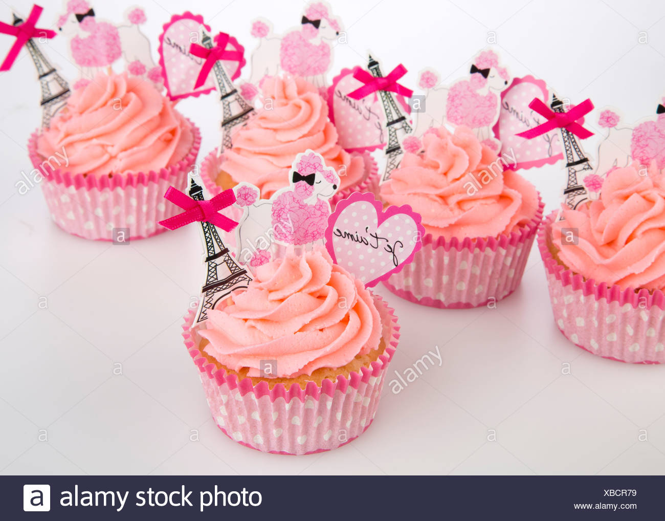 Cupcakes Tower Stock Photos & Cupcakes Tower Stock Images - Alamy