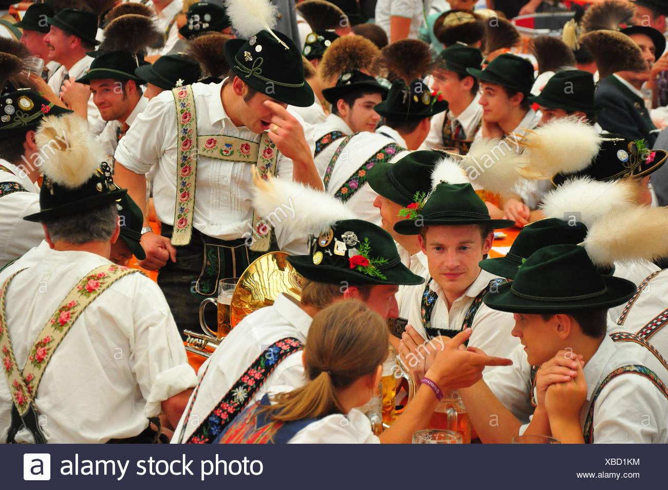 Germany, Bavaria, Garmisch-Partenkirchen, festival, beer tent, Trachtler, - Stock Image