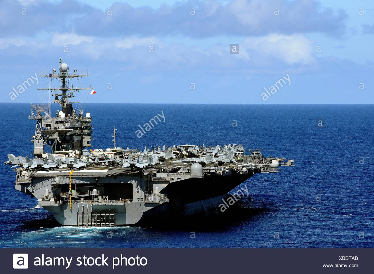 PACIFIC OCEAN Sept  19, 2010 The aircraft carrier USS Abraham Lincoln CVN 72 transits across the Pacific Ocean  The Abraham - Stock Image