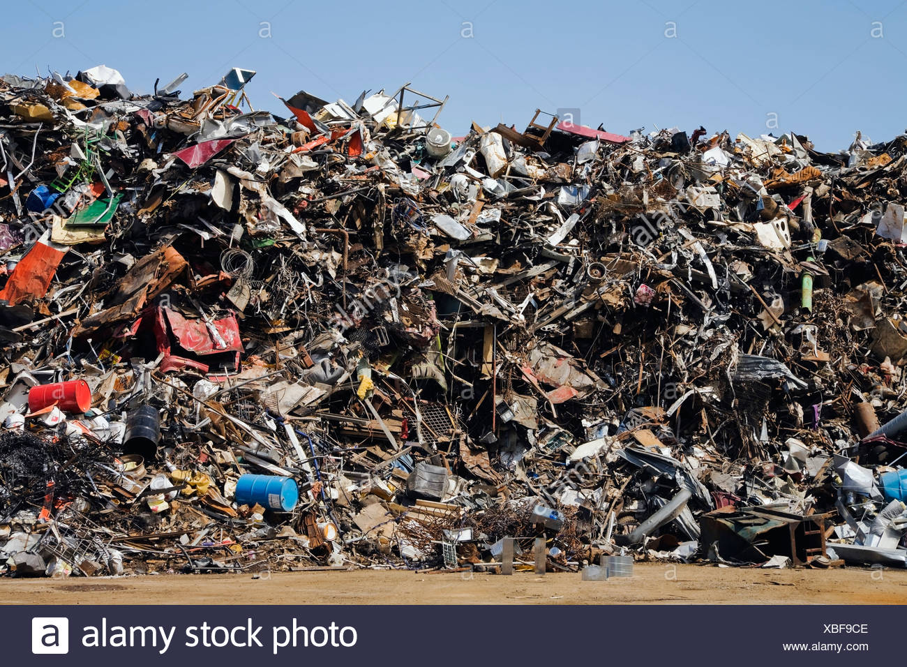 Quebec, Canada; Pile Of Discarded Household And Industrial Items At A Scrap Metal Recycling Junkyard - Stock Image