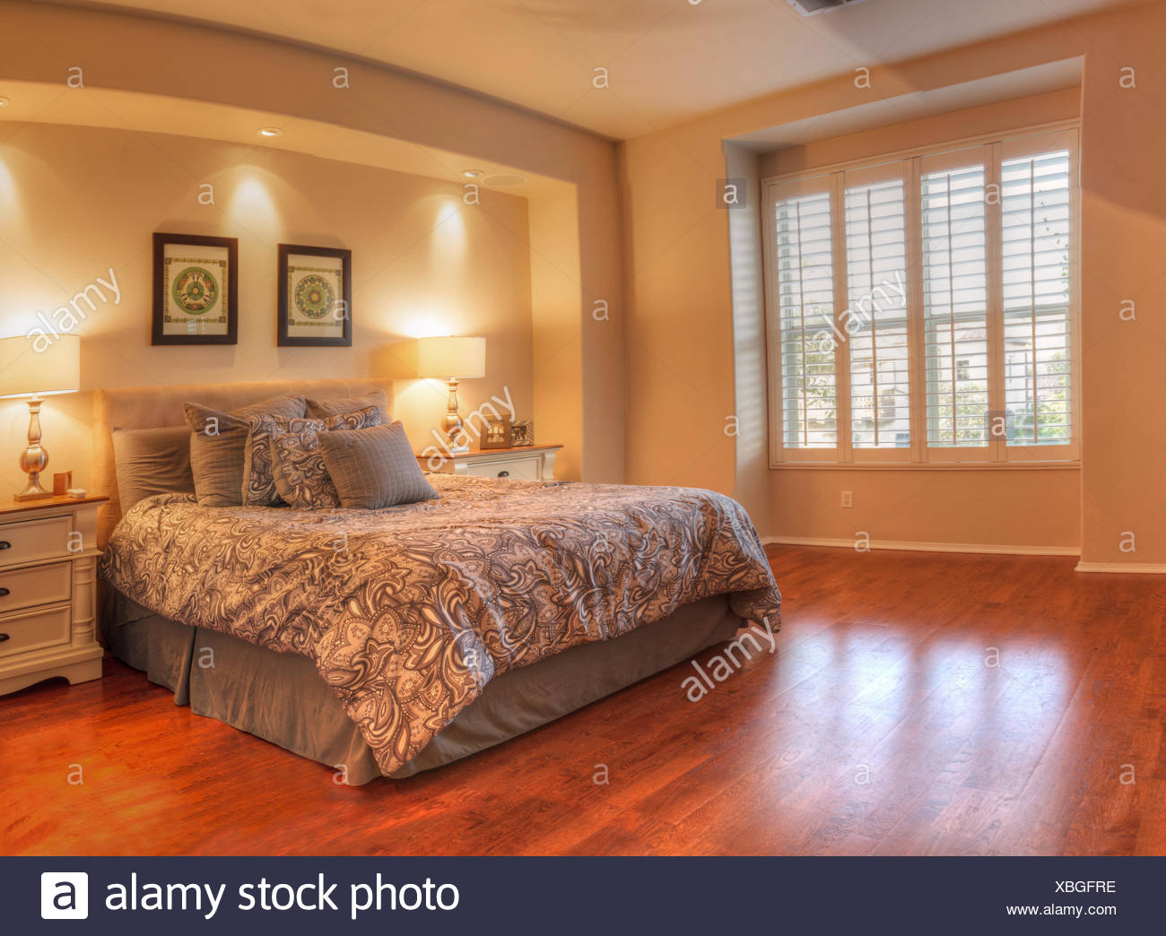 Master Bedroom With A Bay Window Stock Photo Alamy