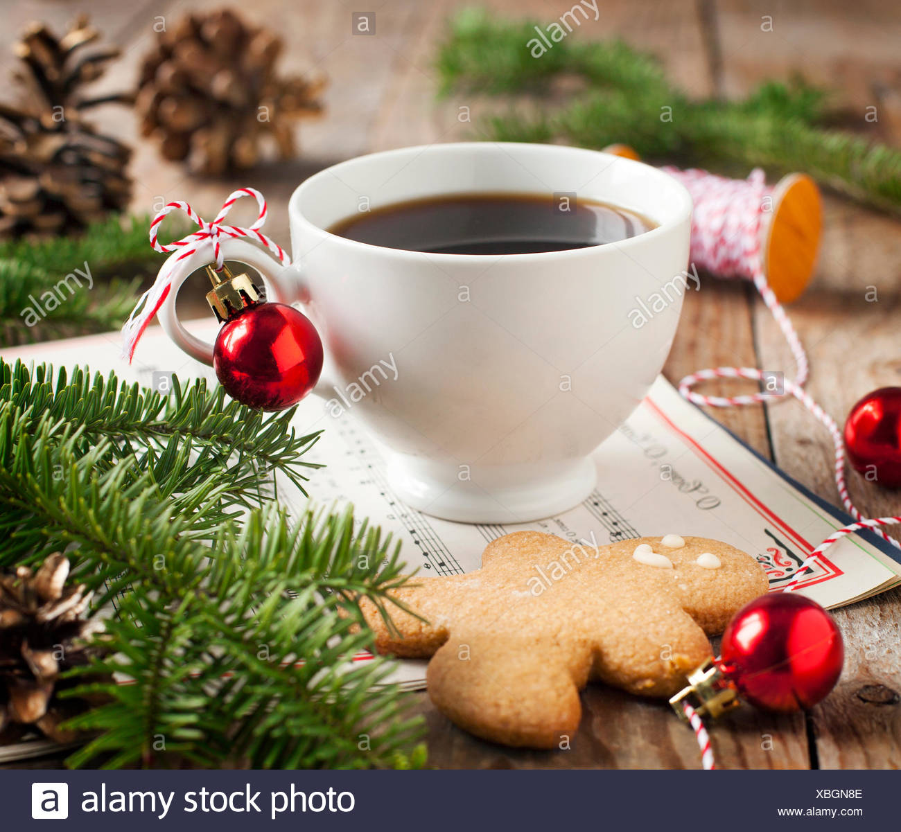 Christmas Decorations For Coffee Shops: Christmas Gingerbread Man Stock Photos & Christmas