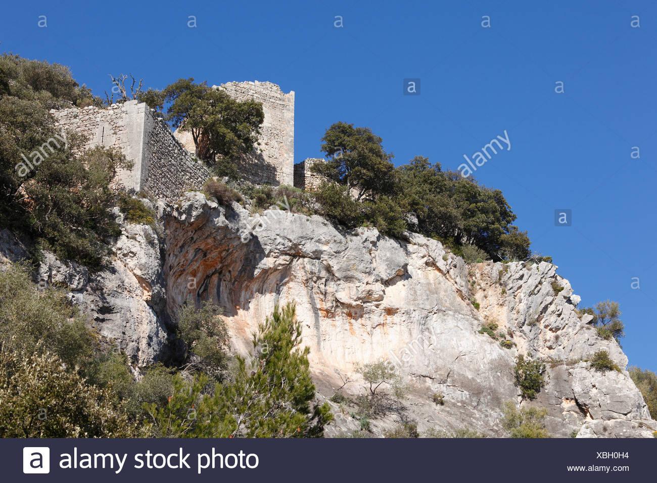 Castillo de Alaro castle ruin, Puig de Alaro mountain, Majorca, Mallorca, Balearic Islands, Spain, Europe - Stock Image