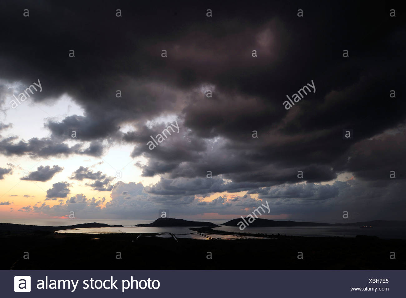 thunderclouds over the lagune of Gialova, Greece, Peloponnes, Messinien, Gialova - Stock Image