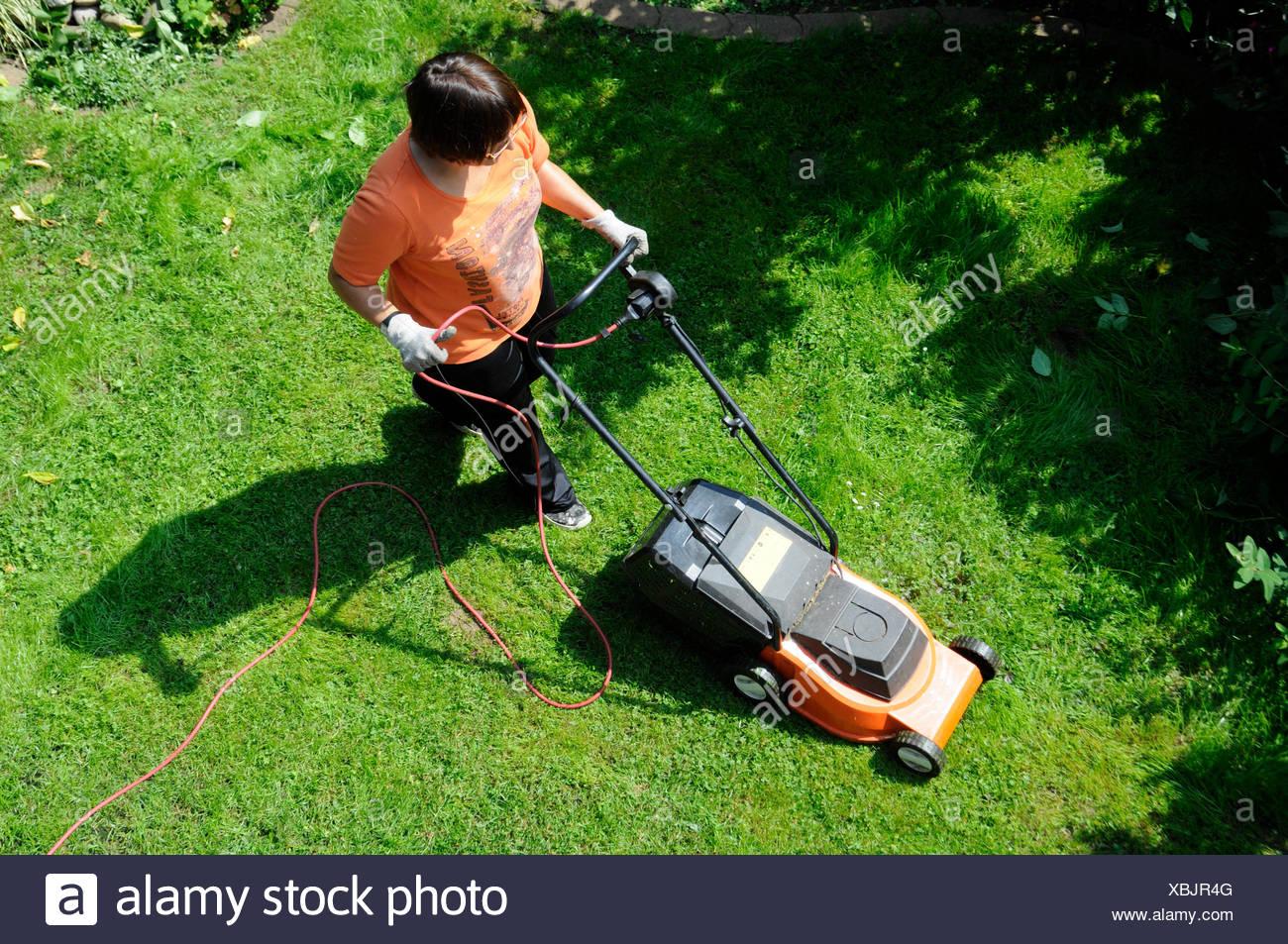 Rasen Mahen Rasen Mahen Rasenmahen Rasen Mahen Rasenmaher Gras