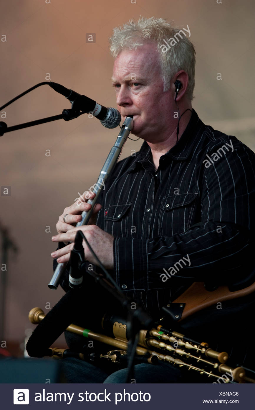 The Scottish musician Brendan Wade live with the singer Ivo at the Music Plus Open Air in Emmen, Lucerne, Switzerland - Stock Image