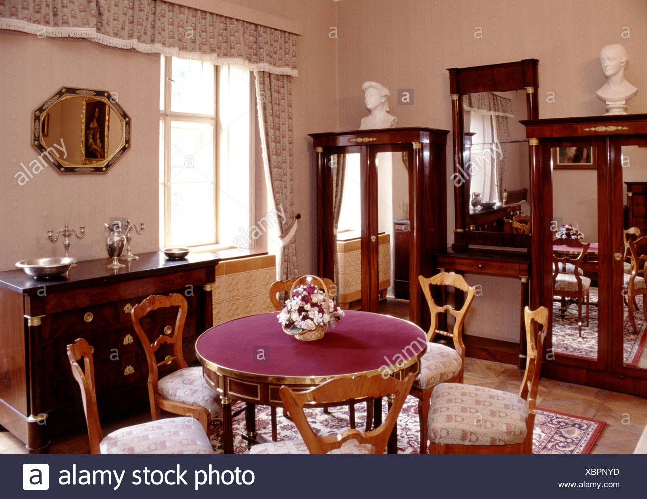 Victorian Dining Room Stock Photo: 282627281   Alamy