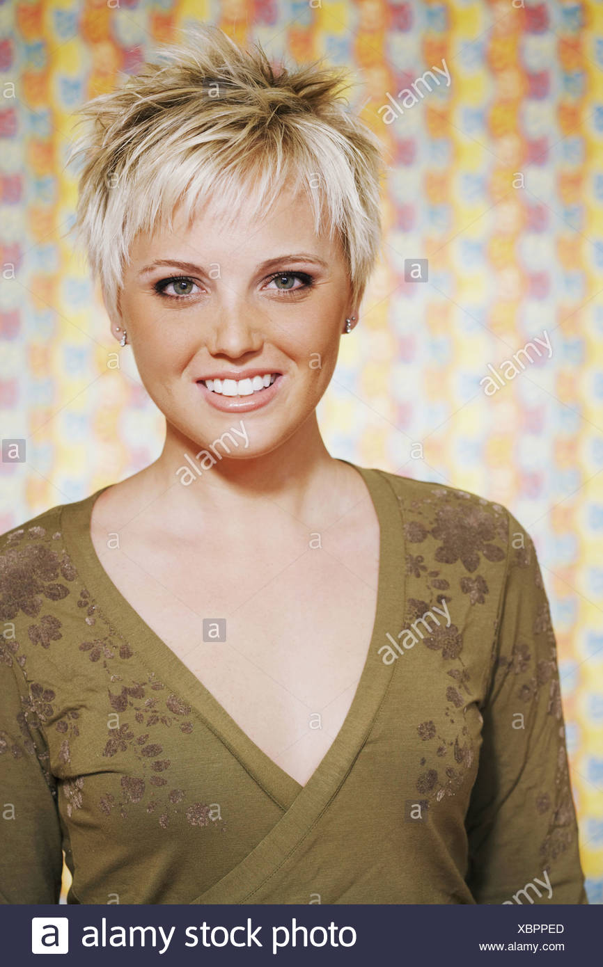 One Female And Spiky Hair High Resolution Stock Photography And Images Alamy