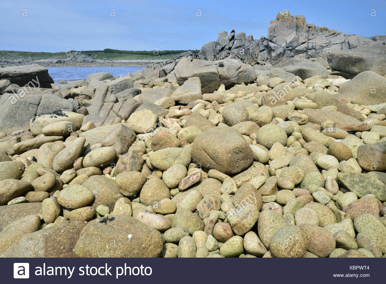 Boulder Beach, St Agnes, Isles of Scilly - Stock Image
