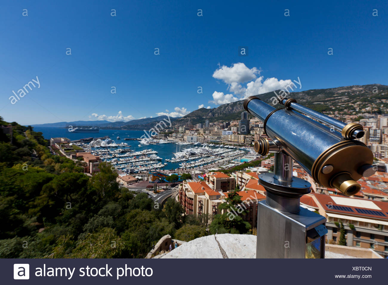 Telescope overlooking the harbour of Monaco, Port Hercule, Monte Carlo, Principality of Monaco, Côte d'Azur, Mediterranean Sea - Stock Image