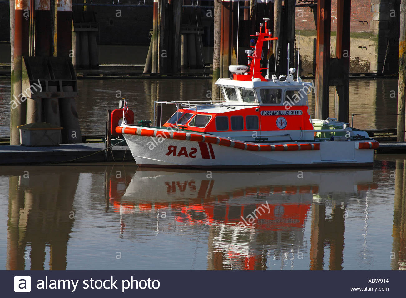 SAR rescue boat at the lock gates between the Elbe River and the Nord-Ostsee-Kanal, Kiel-Canal, boat 'Gillis Gullbransson', Deu - Stock Image