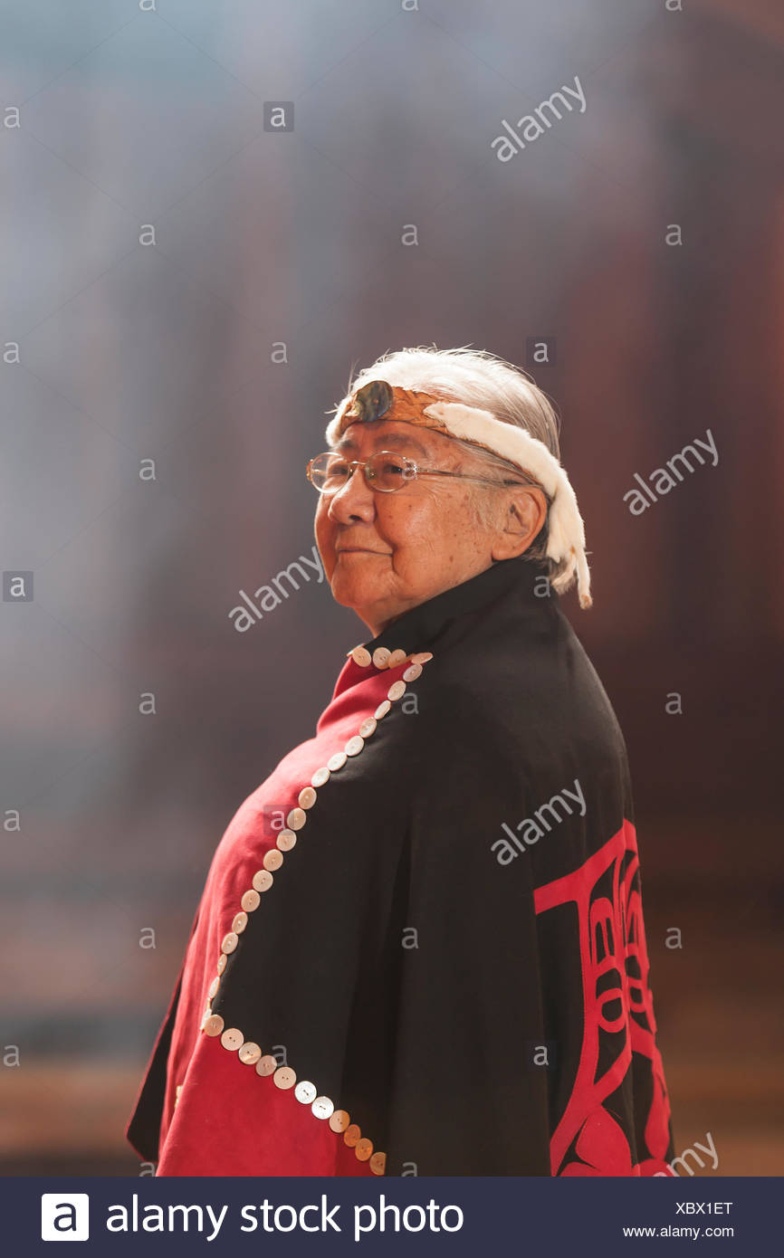 First nations matriarch respected elder Evelyn Windsor effectionately known 'aunty Evelyn' dons button blanket a portrait - Stock Image