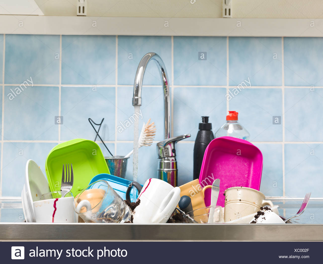 Unhygienic Kitchen Stock Photos & Unhygienic Kitchen Stock Images ...