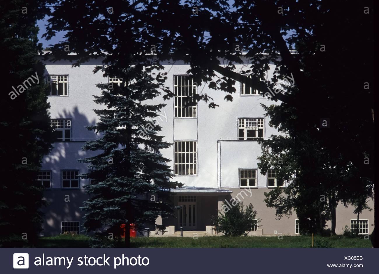 Wienerwald, Purkersdorf (Das Sanatorium Purkersdorf ist ein als Sanatorium erbautes Gebäude in Purkersdorf. Es wurde 1904ñ05 vom Stock Photo