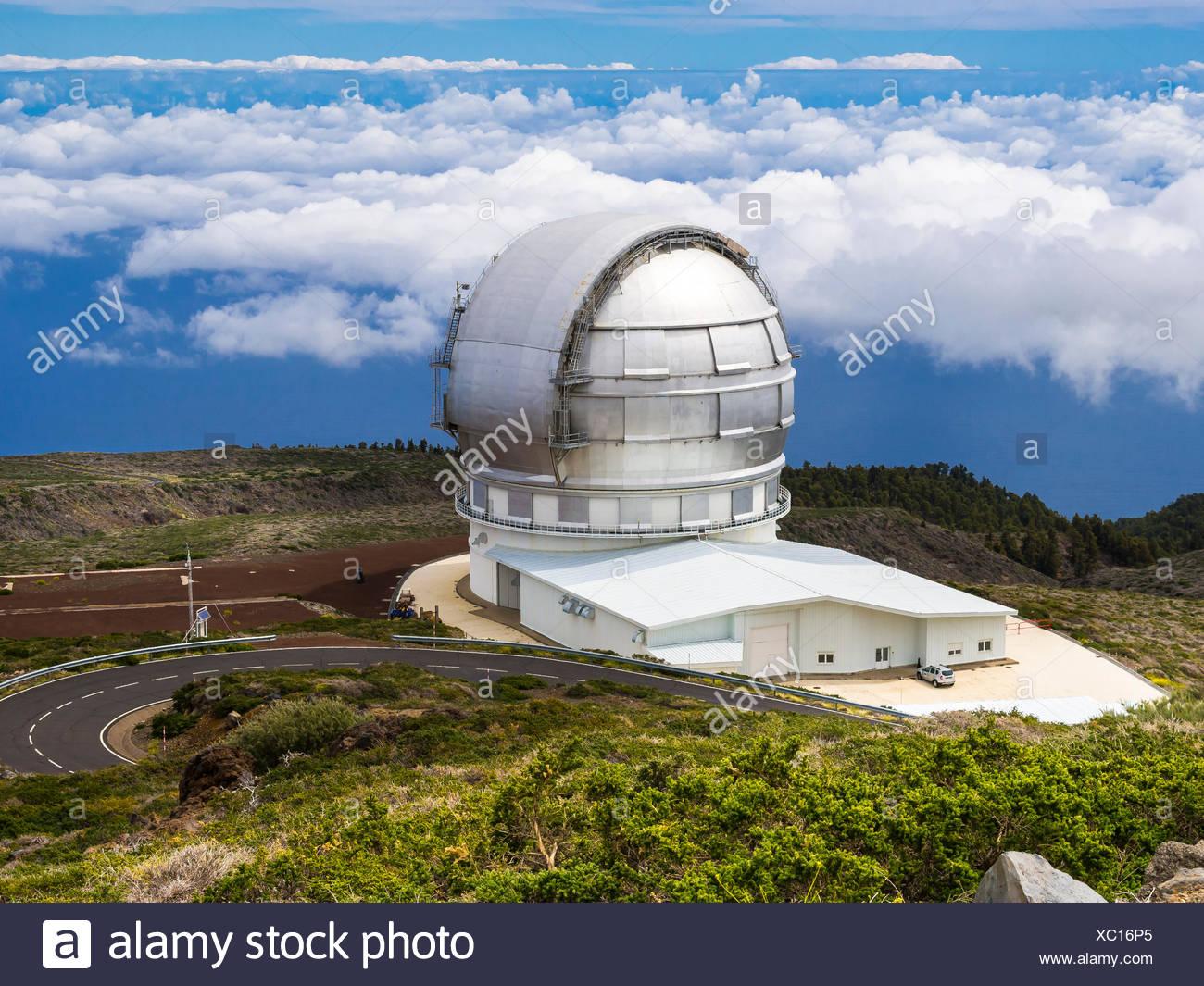 Gran Telescopio Canarias, observatory on Roque de los Muchachos above the clouds, Parque Nacional de la Caldera de Taburiente - Stock Image