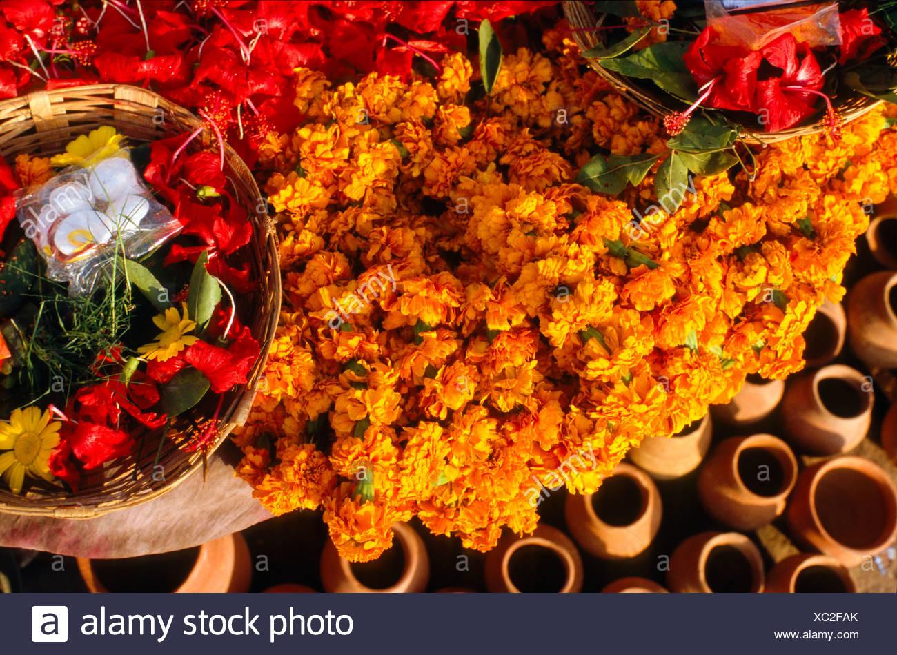 Flowers for religious ceremonies and rituals, Varanasi, Uttar Pradesh, India, Asia - Stock Image