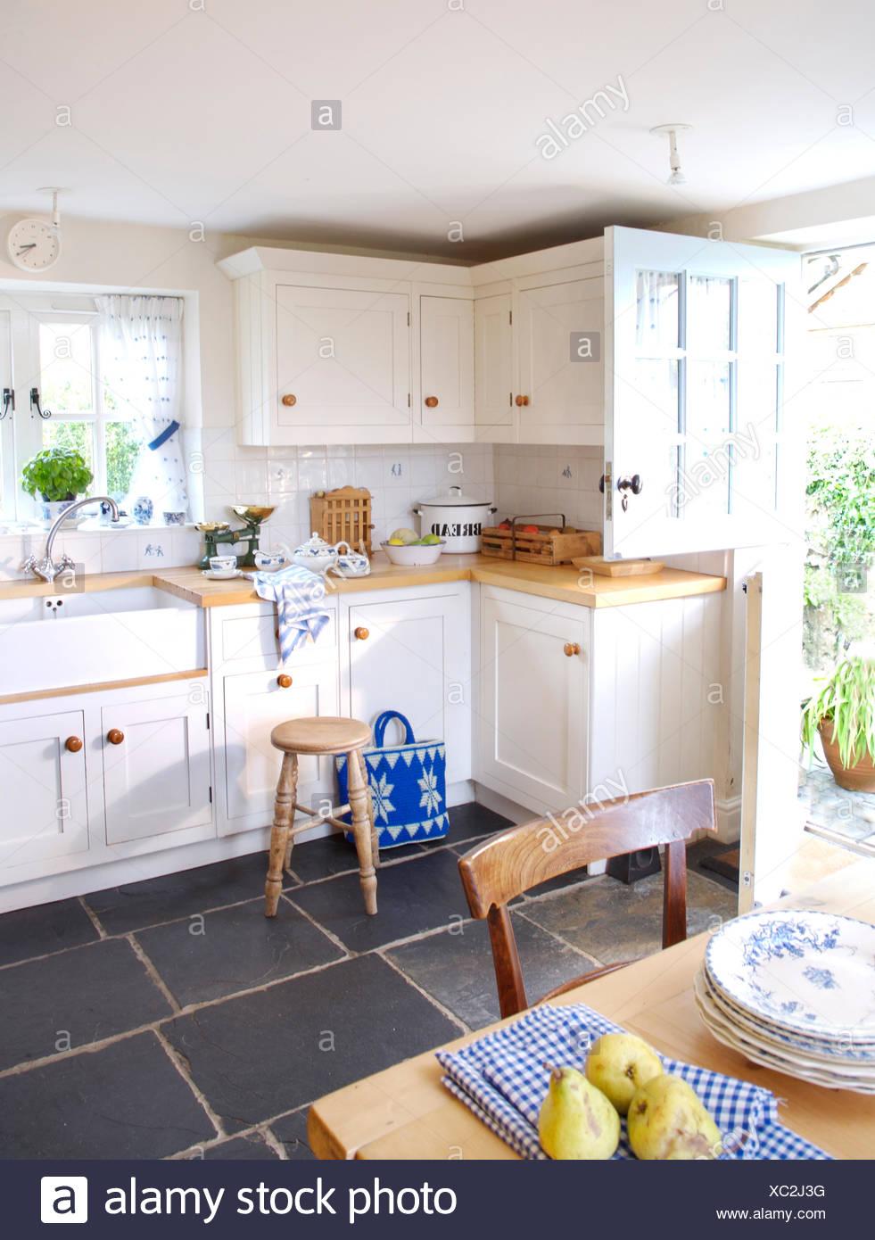 Luxury Wadhams Country Kitchen Illustration - Best Kitchen Ideas - i ...