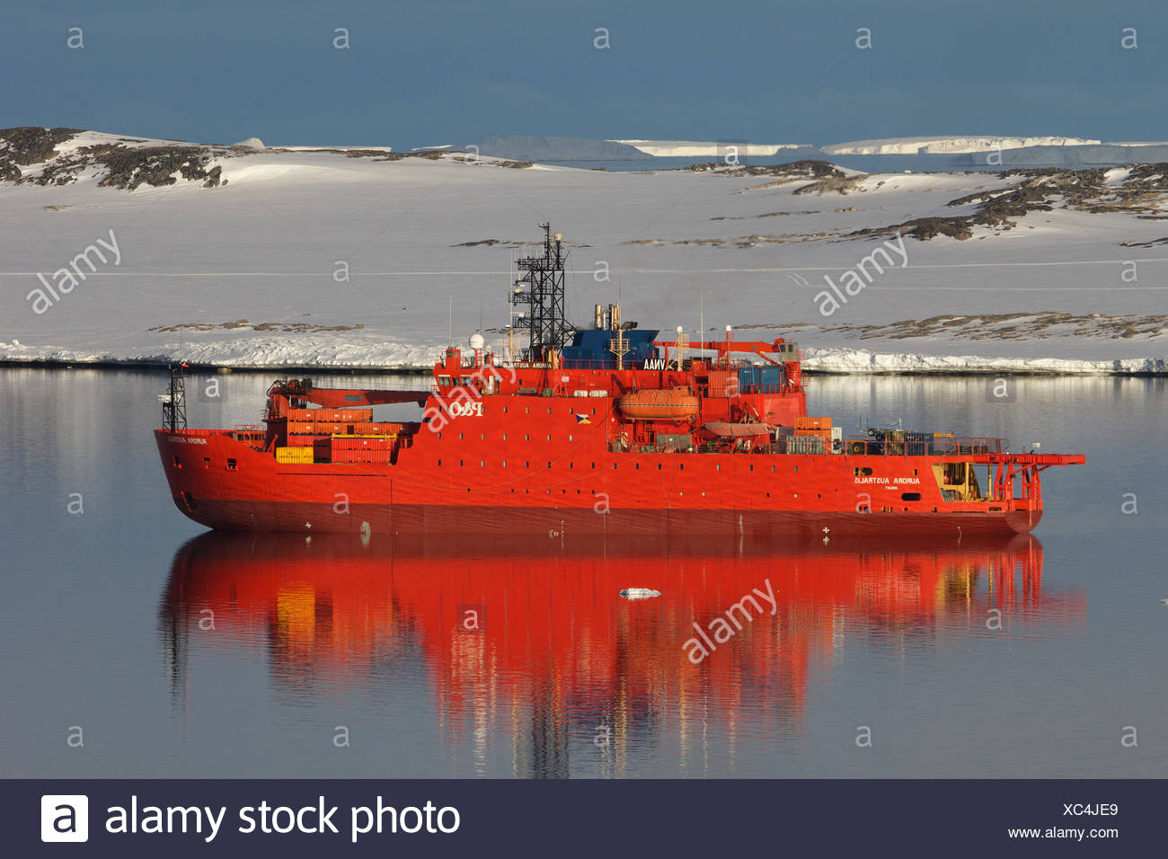 Icebreaker 'Aurora Australis' in calm waters, Antarctica. All non-editorial uses must be cleared individually. - Stock Image
