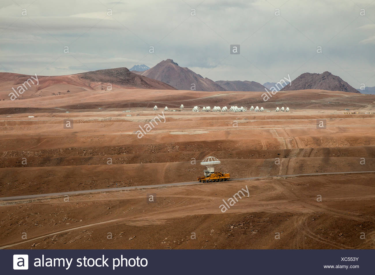 An antenna is delivered to the Atacama Large Millimeter/submillimeter Array, ALMA, site. - Stock Image