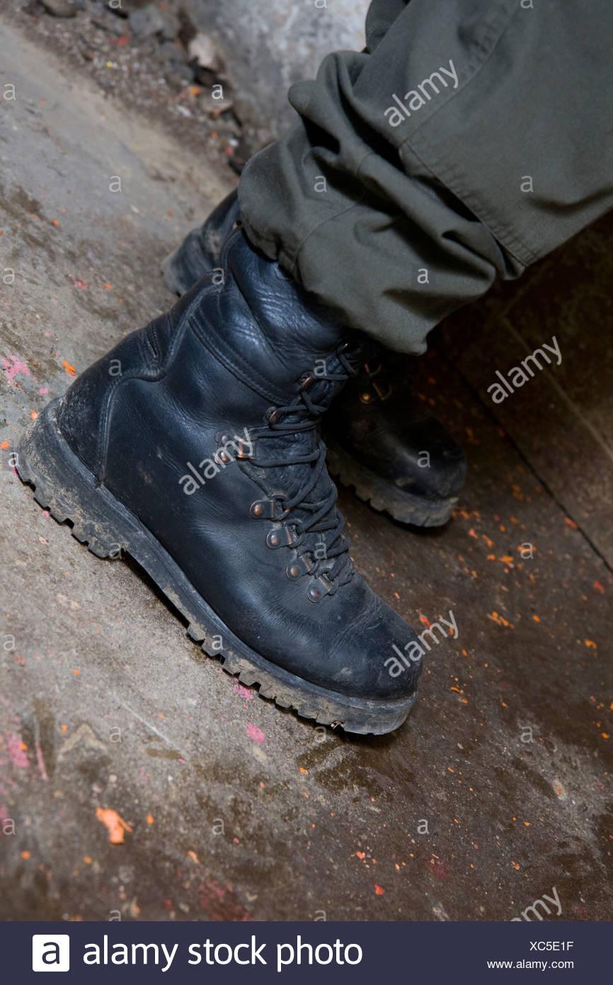 977163ee0c2 army boot Stock Photo: 282862539 - Alamy