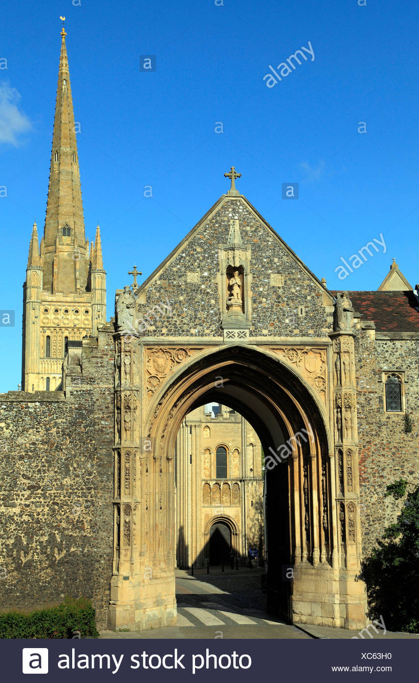 Norwich, Erpingham Gate and Cathedral Spire, Norfolk, England, UK English medieval gates cathedrals - Stock Image