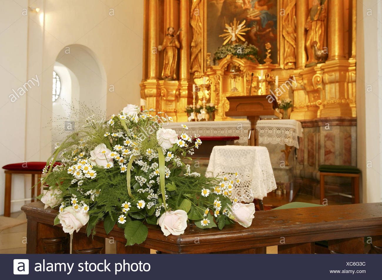 Wedding Church Altar Flower Arrangement Stock Photo Alamy