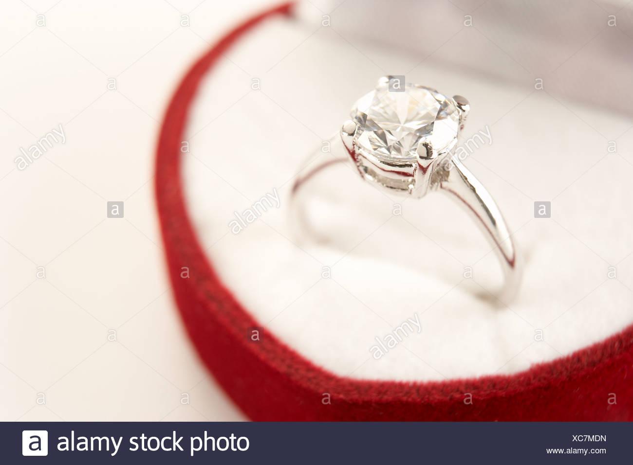 Wedding Ring Rings Box Stock Photos & Wedding Ring Rings Box Stock ...