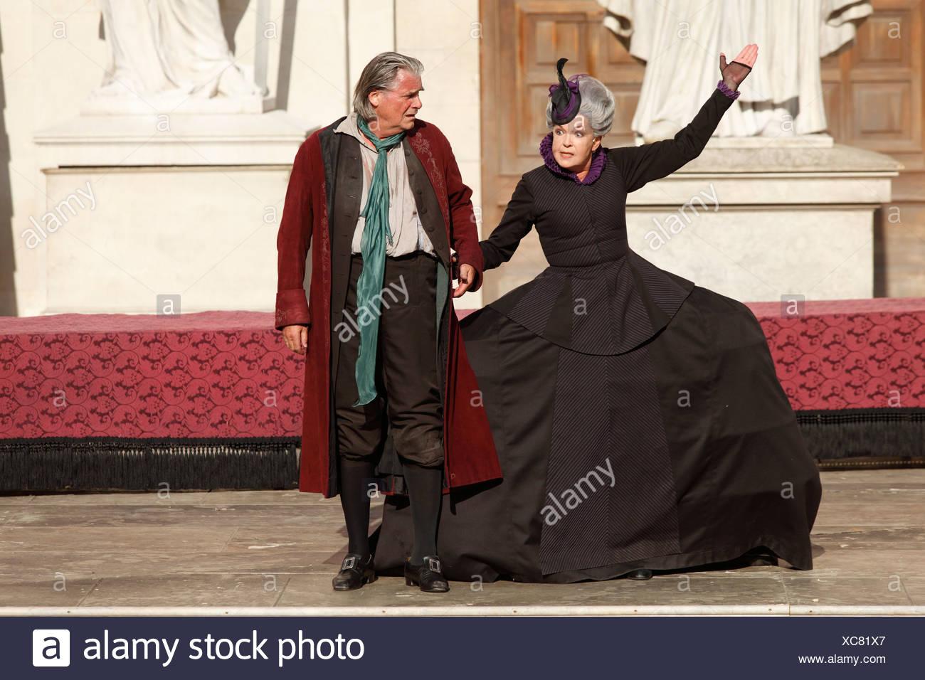 Jedermann, Everyman, played by Peter Simonischek, with Elisabeth Trissenaar as Jedermann's mother, play by Hugo von Hofmannstha Stock Photo