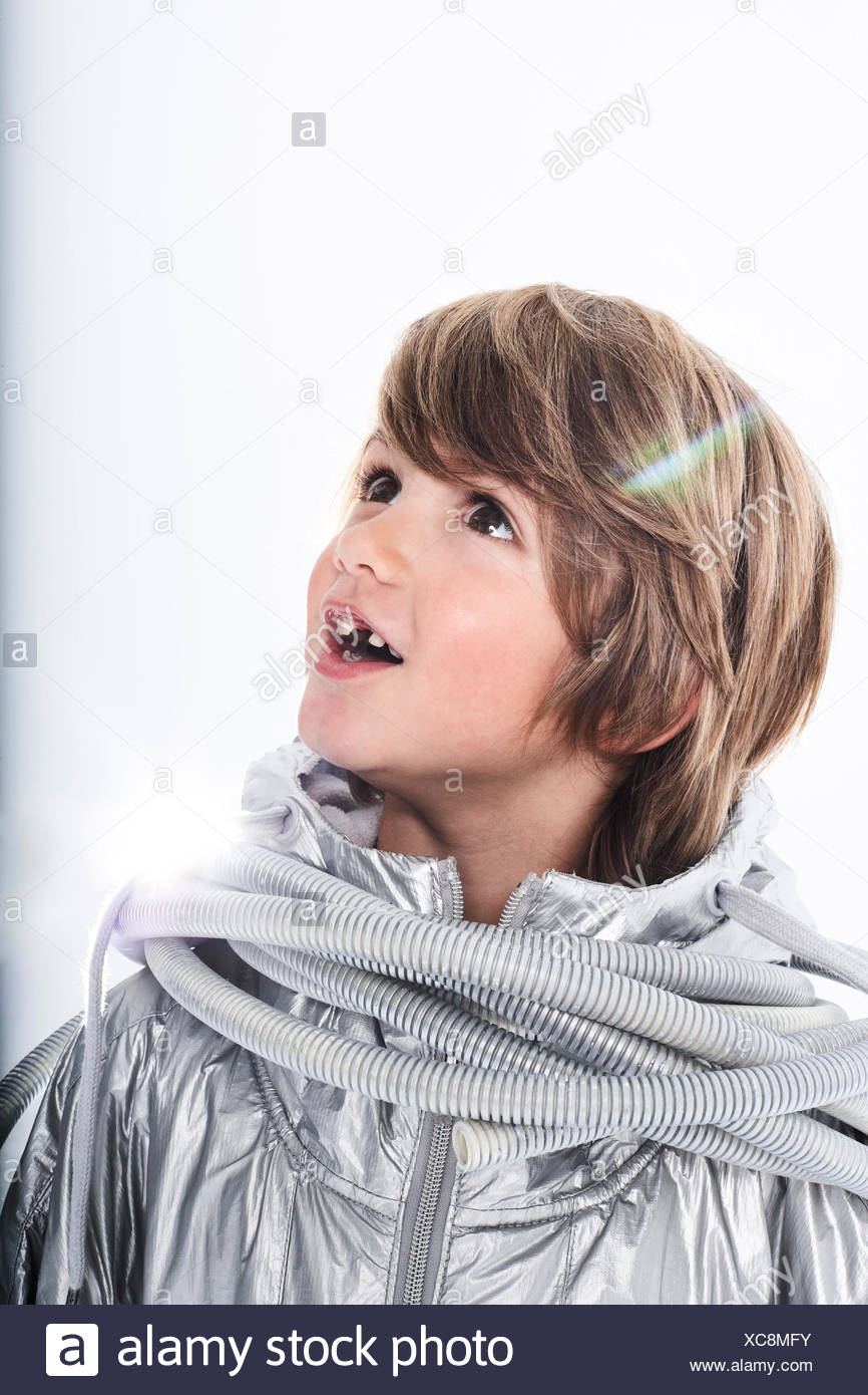 Blond Boy Tube