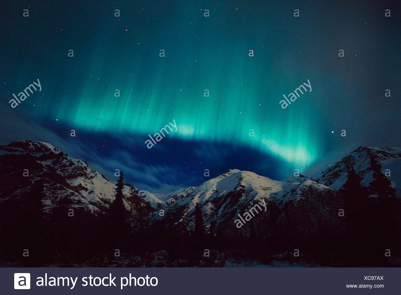 Green Aurora Over Sheep Mt Talkeetna Mtns Alaska Winter - Stock Image