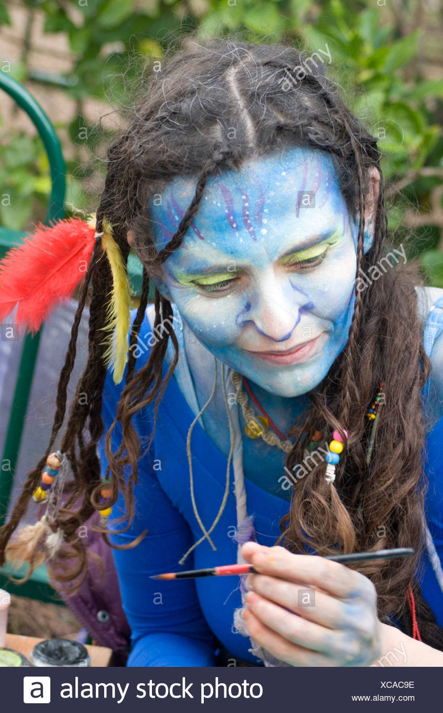 woman in a Costume of Neytiri (a Na'vi) from the 2009 Avatar film - Stock Image