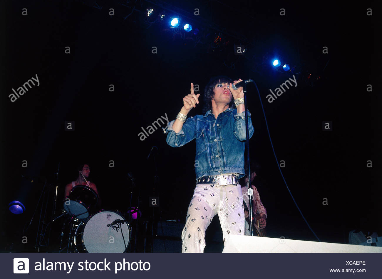 Rolling Stones, British rock group, Mick Jagger and Charlie Watts during a concert, 1970s, jeans jacket, musicians, band, stage, - Stock Image