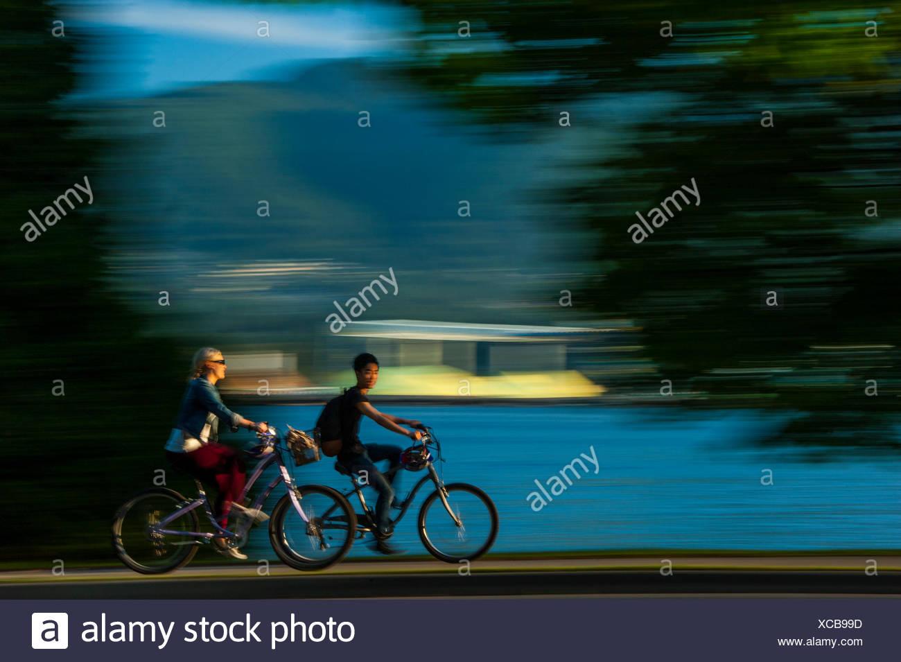 Bike riders, Stanley Park. - Stock Image