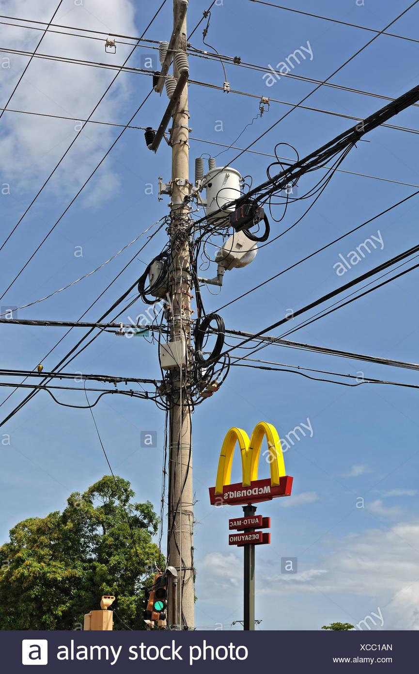 Electricity pylon in Liberia, Guanacaste province, Costa Rica, Central America - Stock Image