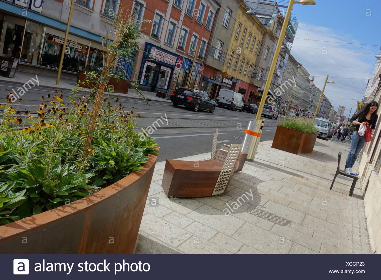Wien, neugestaltete Ottakringerstrasse - Stock Image