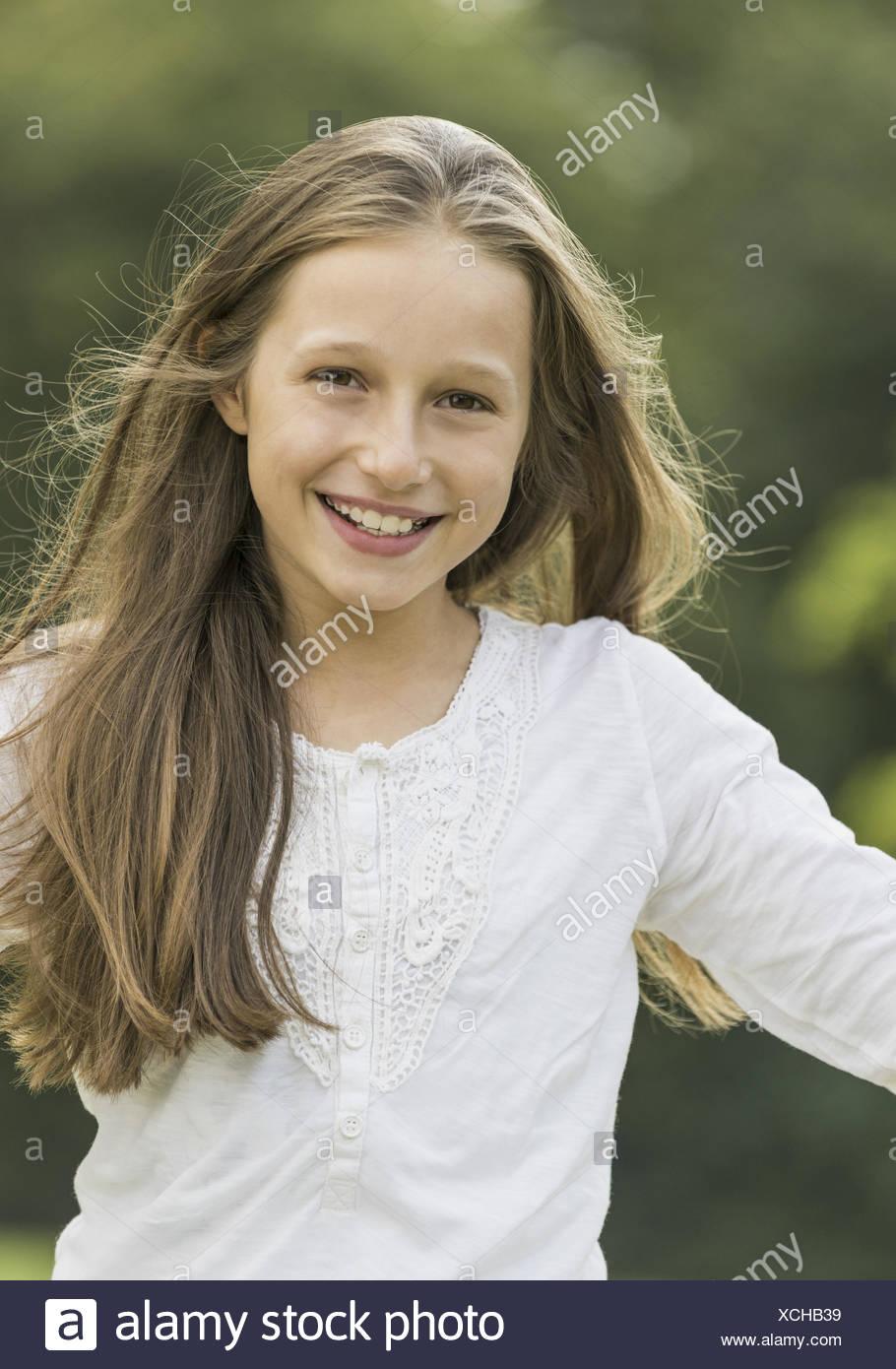 Brunettes Maedchen, Portraet (model-released) - Stock Image