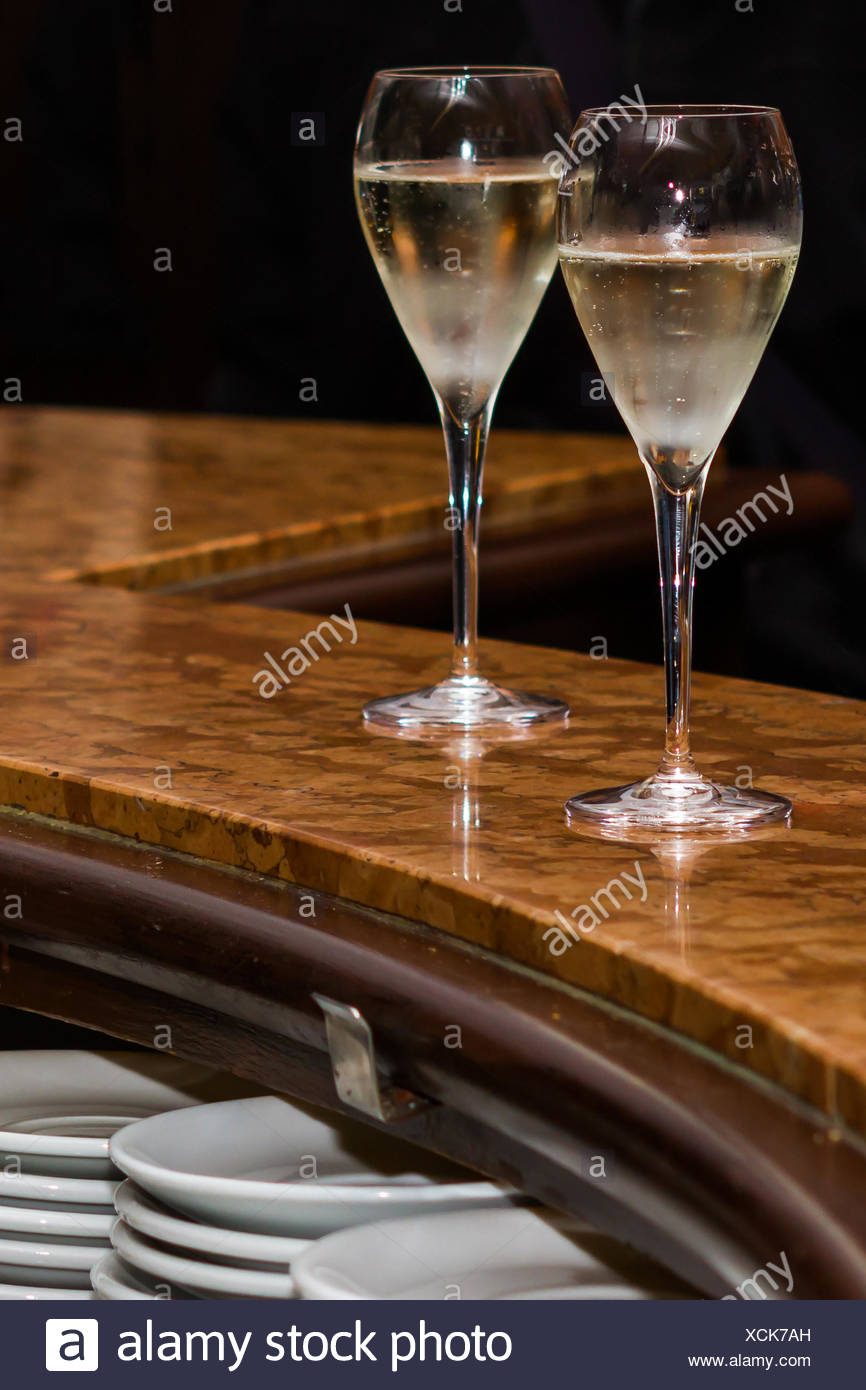 Bartheke Stock Photos & Bartheke Stock Images - Alamy